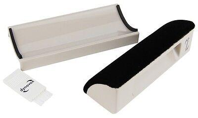 Dynavox Reinigungspuk und Nylonbürste für Schallplatten und Tonabnehmer, Bürste