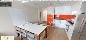 En-suite deluxe double bedroom in Aldgate East