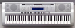 Casio wk210 keyboard for sale . 100