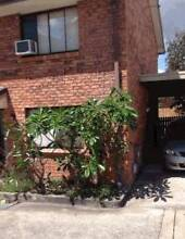 Renovated 2bedroom; 1.5 bathroom Townhouse, secure complex, pool Woodridge Logan Area Preview