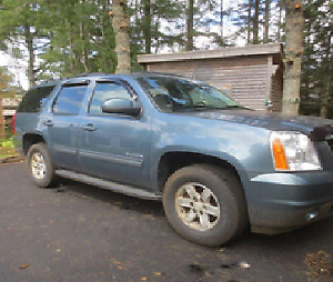 2010 GMC Yukon Pickup Truck **LOW KM'S**