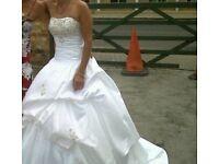Beautiful wedding dress size 8-10