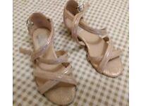 Evans Ladies Gold Sandals size 4EEE
