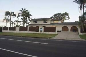 Large bedroom suits medical locum/student or professional Scarness Fraser Coast Preview