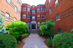 Discounted Rate! 2 BDRM in Sandy Hill w/ Special Promo!