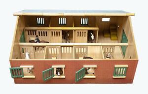 Kids Globe (610595) Pferdestall mit 7 Boxen Maßstab günstig kaufen