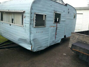 LOOKING FOR ANY OLD JUNK TRAILERS (FOR SCRAP)