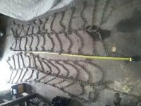 like brand new  tire chains 8ftlong x 3ft wide( doubles/dually)