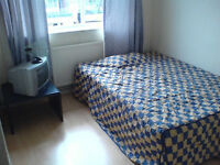 E14 perfect double room. Westferry, Limehouse, Mile End. NOW