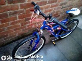 Avigo Prestige Range 17inch frame mountain bike