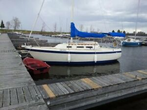 O'Day 25' Sailboat, 1982 - Draft 2.25', Swing Keel to 6',