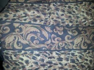 Reversable Leopard Comforter Set Windsor Region Ontario image 1