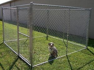 CHAIN LINK DOG KENNEL IN GOOD CONDITION 400 OBO