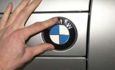 BMW 51141970248 REAR EMBLEM TRUNK BADGE LOGO ROUNDEL 78MM Z3 X5 7 SERIES W// GROM