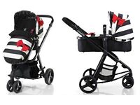 Cossatto Giggle Go Lightly travel system