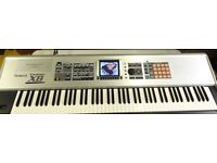 Roland Fantom X8 88 Key weighted - Audio Tracks V2 - Stand Flight Case Synth Keyboard Workstation