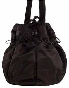 Near New - Lululemon Bliss Black/Blurred Blossom Travel Bag North Perth Vincent Area Preview