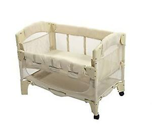 Arm's Reach Mini 2-in-1 Bedside Bassinet / Co Sleeper - Natural