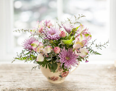 Your Guide to Buying Decorative Additions for Floral Arrangements