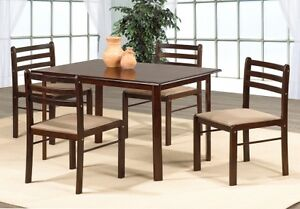 New 5 Pc Dining Set,, Table & 4 chairs