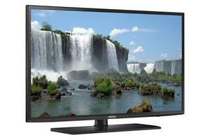 "SAMSUNG 55"" SMART 1080P HD TV With 1 Year Warranty."