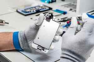 Cell phone repair service Downtown-West End Greater Vancouver Area image 1