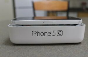 BRAND NEW►SEALED Apple Iphone 5cwhite/blue►1year apple warranty