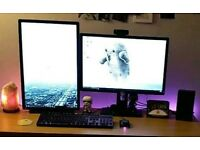 2X Dell 24inch Ultrasharp Monitor