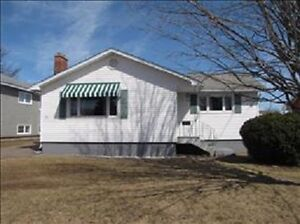 3 Bedroom Home Central Moncton***
