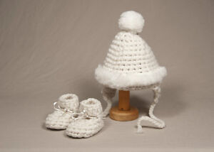 Padraig Newborn Hat Set and booties { fits from 0 to 12 month }