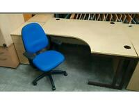 140 cm Wide Light Beech Right Handed Corner Desk and Swivel Chair !