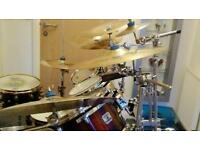 Gretsch renown 7piece drumkit with aax cymbals all stands and pr bags snares