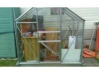 Halls 6x4 greenhouse aluminium frame can dismantle.