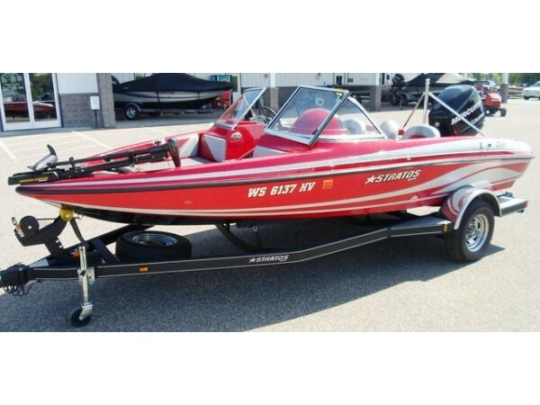Used 2009 Stratos Boat Co 476 SF Fish and Ski