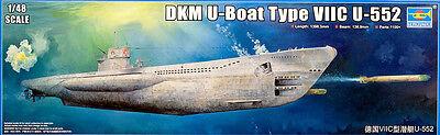 DKM Deutsches U-Boot Typ VII C U-552 submarine 1:48 Model Kit Trumpeter 06801
