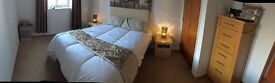 West End 2 Bed Fully Furnished Flat with Private Parking