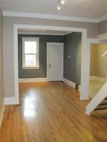 PET FRIENDLY! RENOVATED INNERCITY CHARACTER 3 BEDROOM HOME WITH