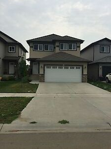 4 Bedroom Fully Furnished Double Car Garage in Fort Saskatchewan