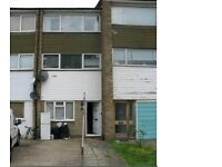 Spacious 2 bedroom property to rent in Hounslow