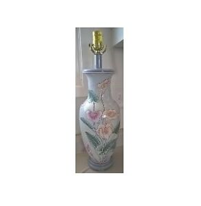 Vintage Porcelain Hand Painted Table Lamp with Calla Lily