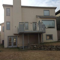for rent luxury home upper level $1800.00 month 403.975.8155