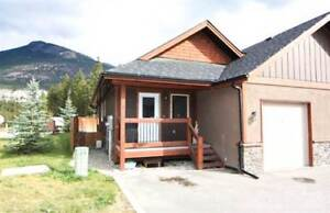 Homes for Sale in LAKE WINDERMERE, British Columbia $275,000