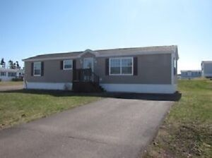 Immaculate 2 Bedroom Mini Home, Riverview***