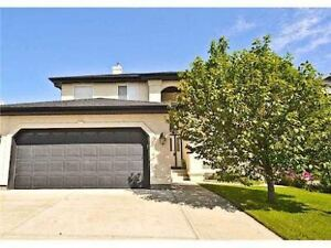 HOUSE FOR RENT IN PANORAMA HILLS CLOSE BACKING GOLF COURSE