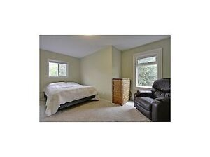 3Beds Bright Duples House in Renfew