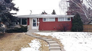 Newly Renovated 4 bdrm house in Glendale Meadows SW cls to LRT
