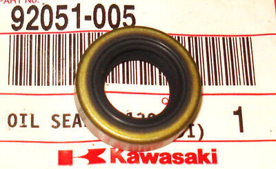 KAWASAKI KDX80,KDX200, KDX220, KDX250,KLX250, KLX300 ENGINE SHIFT SHAFT OIL SEAL