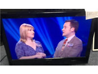 """Finlux 26"""" HD LCD FREEVIEW TV no base"""