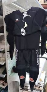 One piece hockey protection system