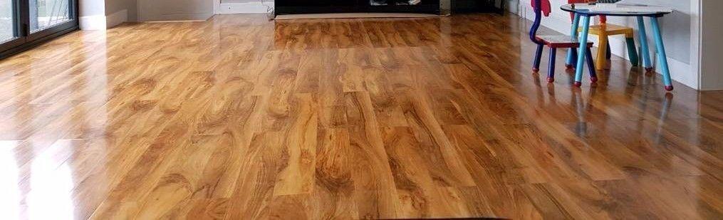 Dolce Walnut Effect Laminate Flooring In Caversham